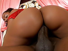 MsJuicy has a black bubble butt that bounces off of this guy as she's riding and getting fucked from behind