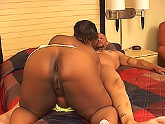 Fat black ho rides his cock to get it to erupt on her face